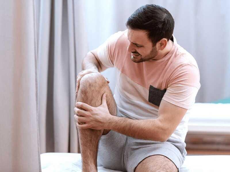 Viêm khớp gối tràn dịch để lâu có thể gây nhiễm trùng khớp