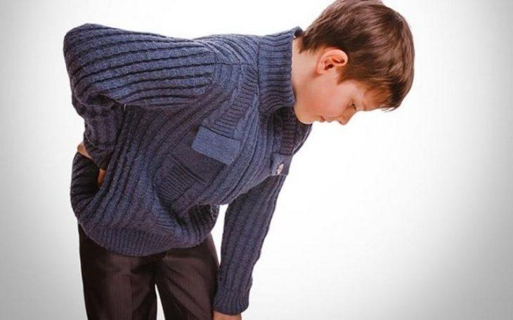 Viêm khớp háng ở trẻ em: Nguy cơ biến chứng và hướng điều trị