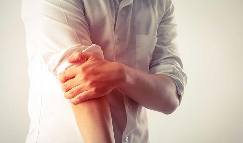 Viêm khớp khuỷu tay có nguy hiểm không?