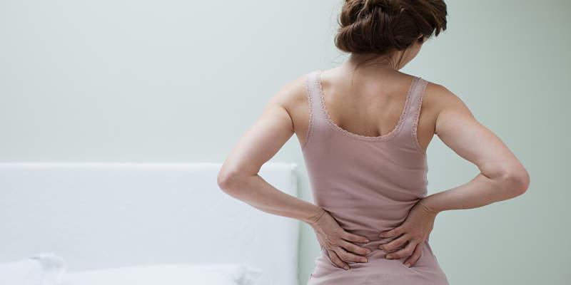 Bệnh sẽ gây ra các cơn đau kéo dài dai dẳng