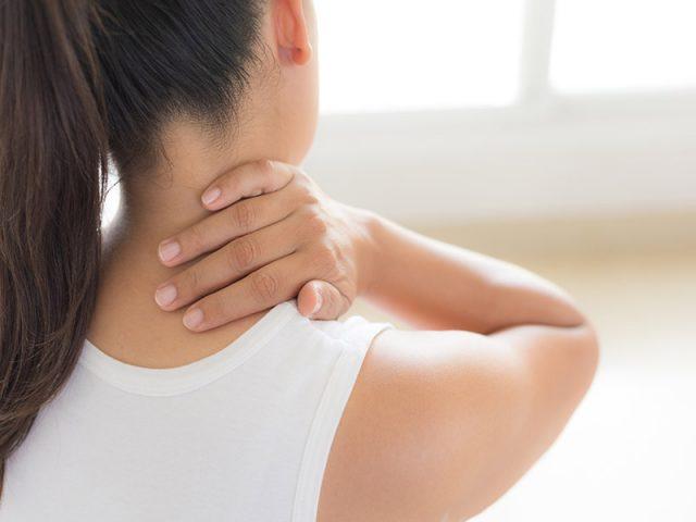 Viêm xoang đau sau gáy có nguy hiểm không? Cần lưu ý gì trong điều trị