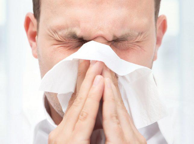 Viêm xoang không thở được là một trong những dấu hiệu cảnh báo biến chứng