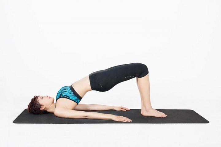 Bài tập yoga tư thế cây cầu chữa thoát vị đĩa đệm có yêu cầu độ dẻo dai lớn