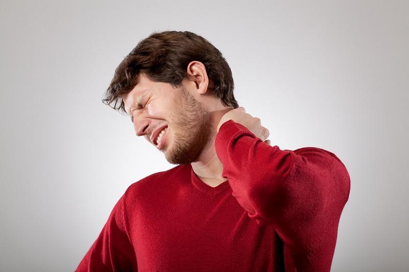 Lồi đĩa đệm lâu ngày không khỏi dẫn đến biến chứng nguy hiểm ảnh hưởng đến sức khỏe và sinh hoạt