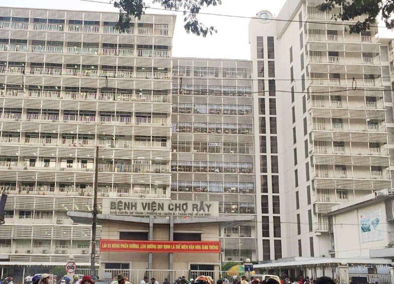 Chợ Rẫy là một trong những bệnh viện lớn hàng đầu cả nước