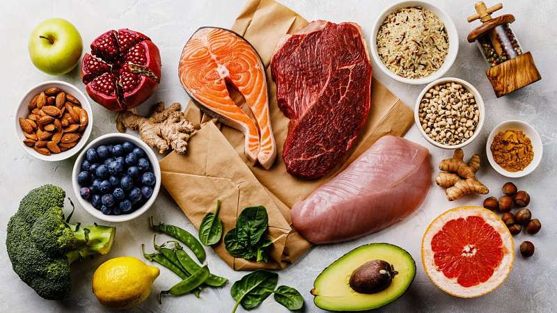 Người bệnh nên bổ sung đầy đủ chất dinh dưỡng cho xương khớp