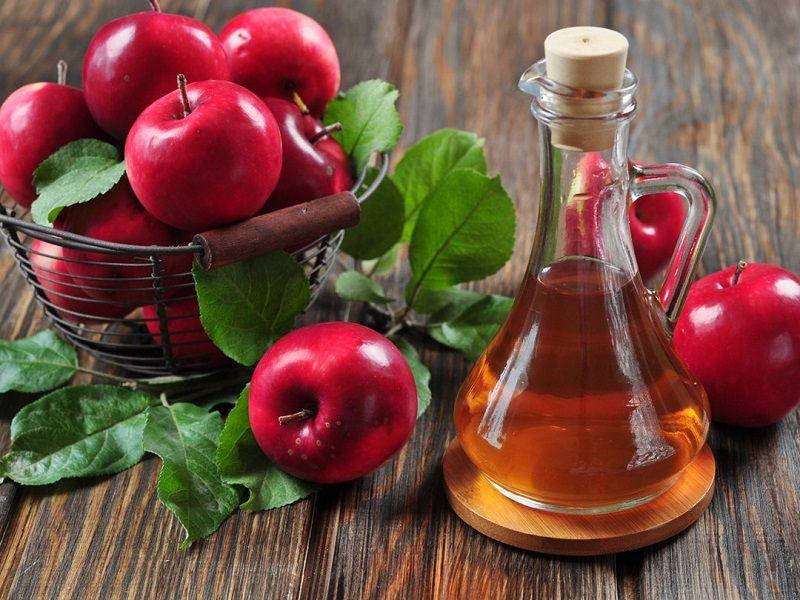Cách trị ngứa da mặt tại nhà bằng giấm táo
