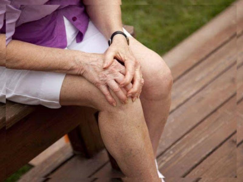 Thoái hóa khớp gối ảnh hưởng trực tiếp tới khả năng đi lại của người bệnh