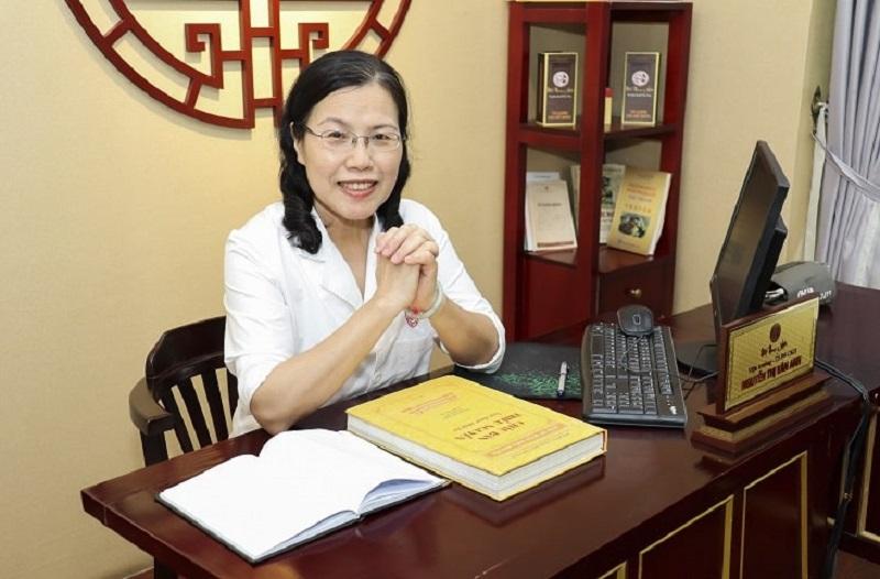 Bác sĩ Vân Anh đã có nhiều đóng góp lớn cho nền YHCT Việt Nam, đặc biệt là trong lĩnh vực nam khoa