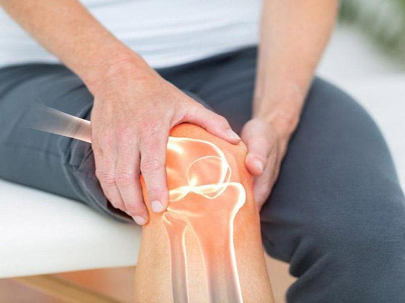 Điều trị thoái hóa khớp gối bằng chất nhờn được chỉ định với đối tượng là bệnh nhân mắc thoái hóa khớp gối