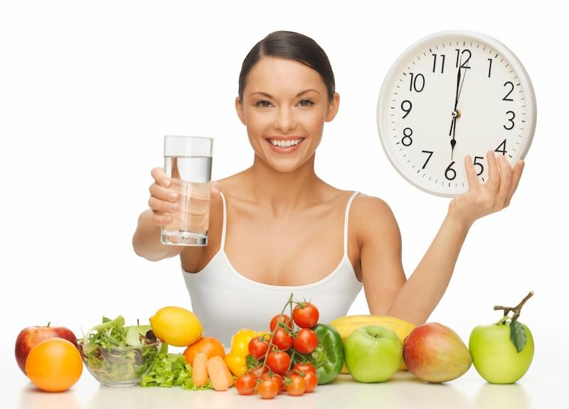 Khi điều trị đau dạ dày cần chú ý kết hợp chế độ ăn uống và nghỉ ngơi hợp lý