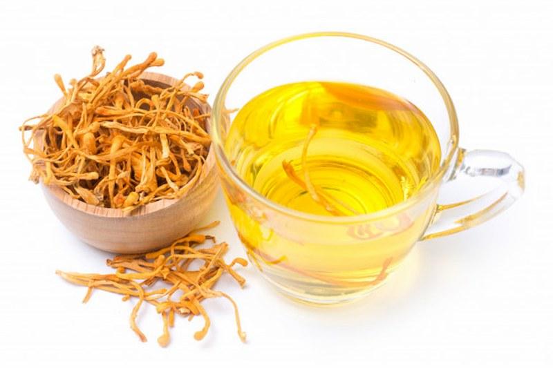 Ngoài tác dụng bồi bổ sức khỏe, sản phẩm còn giúp hỗ trợ điều trị một số bệnh về ung thư, sinh lý, tim mạch,...