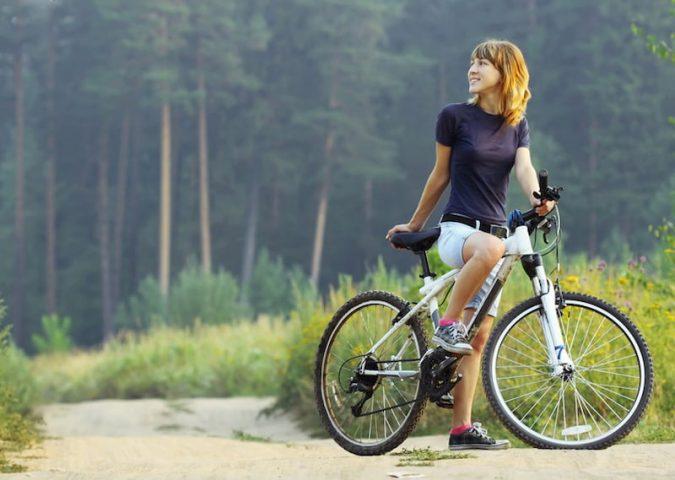 Người bị thoát vị đĩa đệm có nên đạp xe hay không?