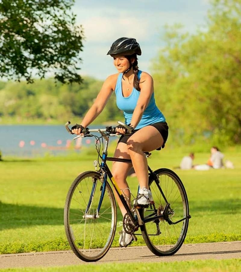 Đạp xe rất tốt cho người bị thoát vị đĩa đệm