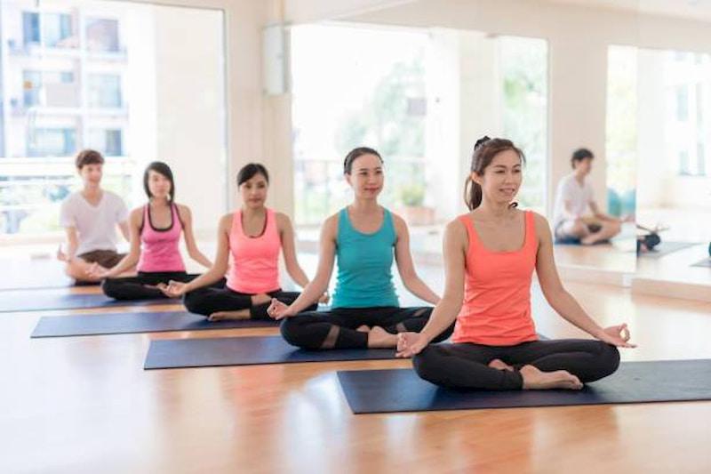 Thoát vị đĩa đệm có nên tập yoga?
