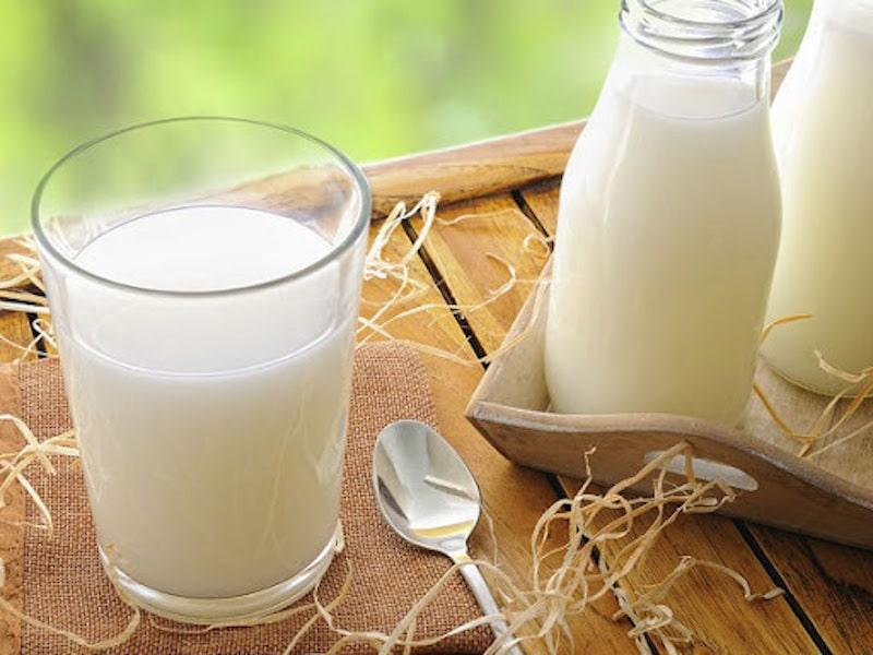 Thừa axit dạ dày nên ăn gì, uống gì? Bổ sung sữa hàng ngày