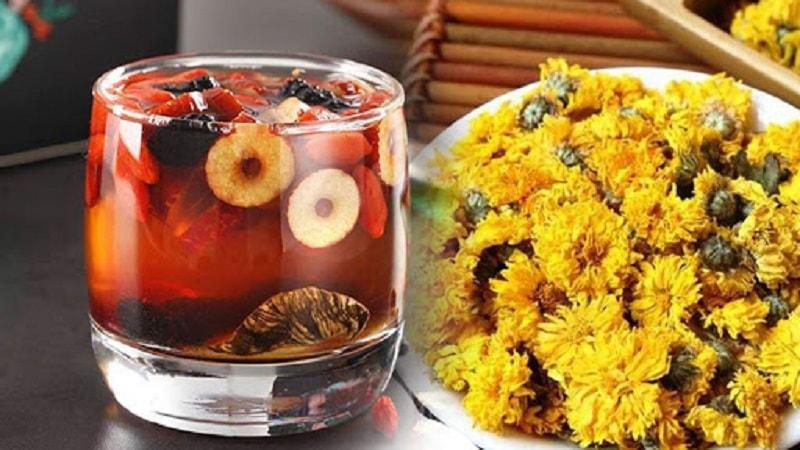 Kết hợp với kỷ tử và táo đỏ làm tăng hiệu quả sử dụng trà