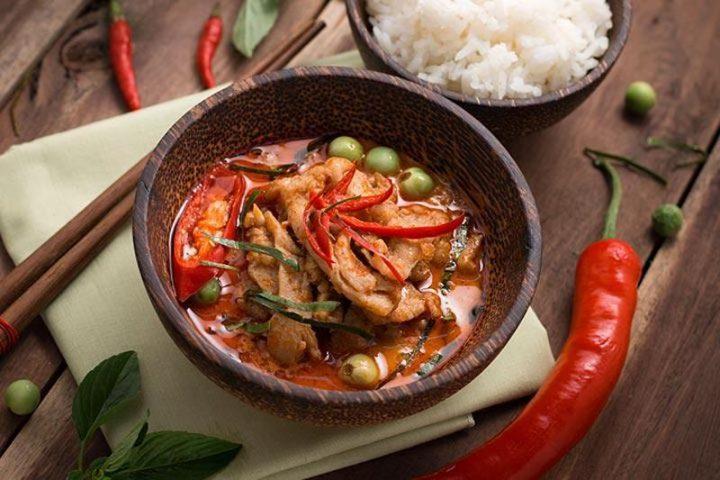 Viêm âm đạo nên kiêng ăn gì? Đồ ăn cay nóng