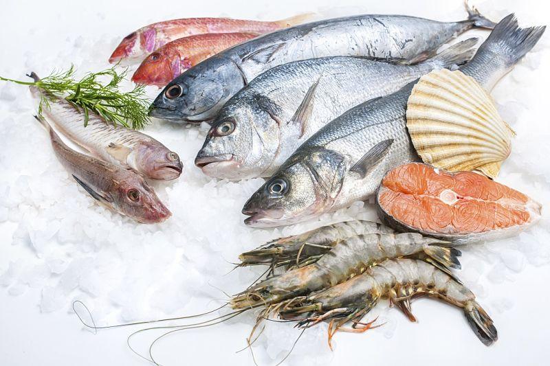 Người bị viêm đại tràng nên cẩn trọng khi chế biến các loại thực phẩm tươi sống