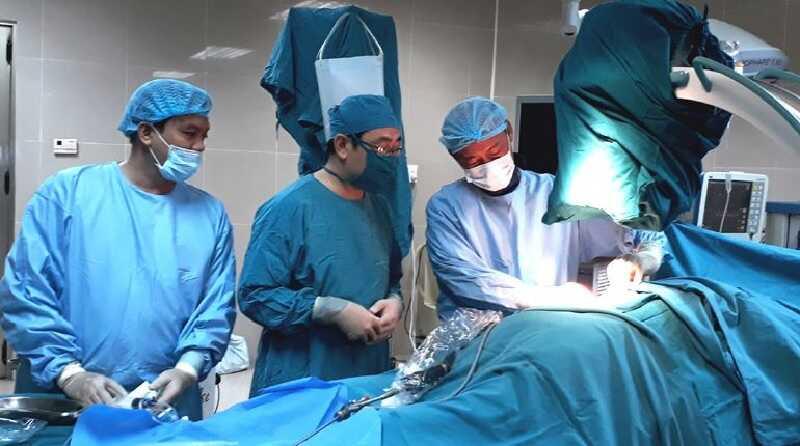 Chi phí chạy thận bỏ ra không hề nhỏ, đặc biệt nếu để chuyển biến xấu buộc phải phẫu thuật