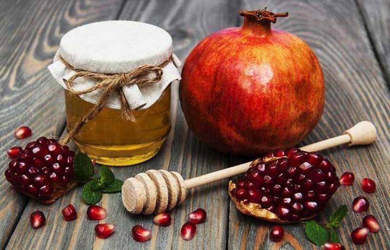 Chữa xuất tinh sớm bằng mật ong và quả lựu đỏ