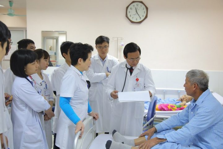 Khám dạ dày ở bệnh viện nào tốt? Top 12 bệnh viện nhà nước uy tín