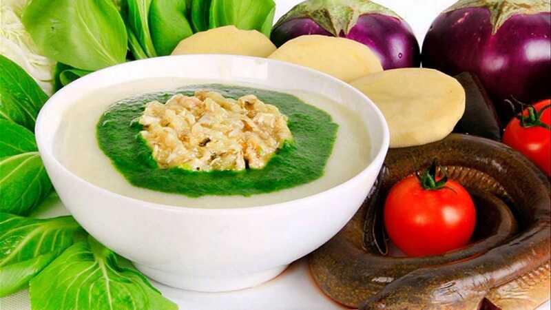 Với người bị ho có đờm, thức ăn mềm, cháo dinh dưỡng giúp bảo vệ họng tốt nhất