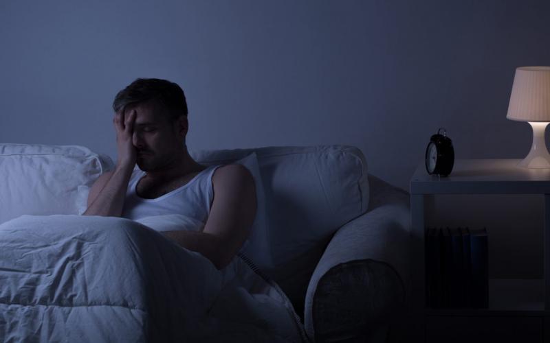 Ho về đêm gây gián đoạn đến giấc ngủ, ảnh hưởng tới sức khỏe