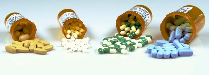 Bác sĩ thường chỉ định dùng steroid để làm giảm tình trạng viêm, sưng do vi khuẩn tấn công