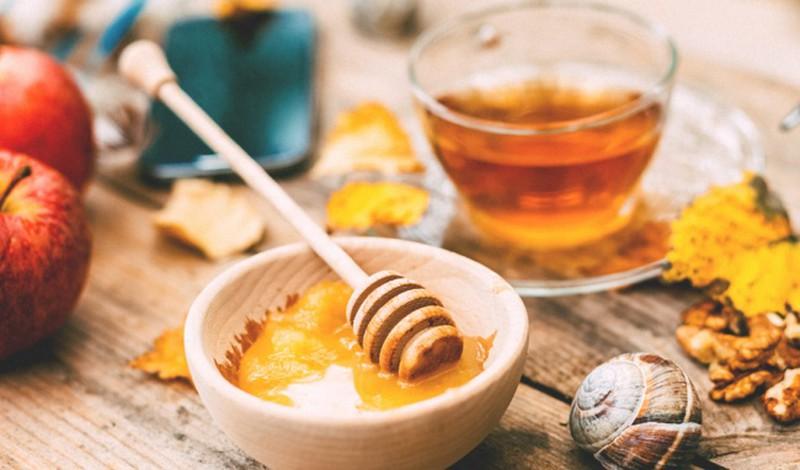 Trong mật ong và giấm táo có các chất chống oxy hóa, rất tốt cho cơ thể