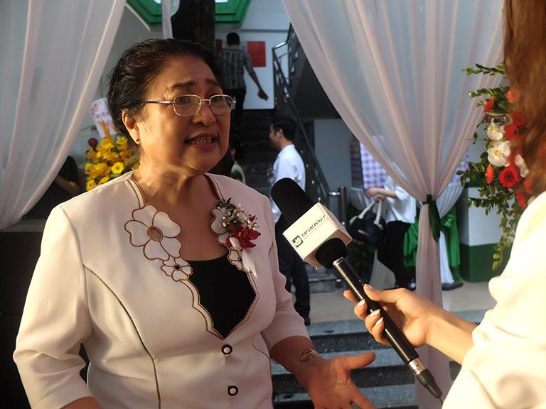 Nghệ sĩ Kim Xuyến trả lời phỏng vấn về bệnh viêm xoang