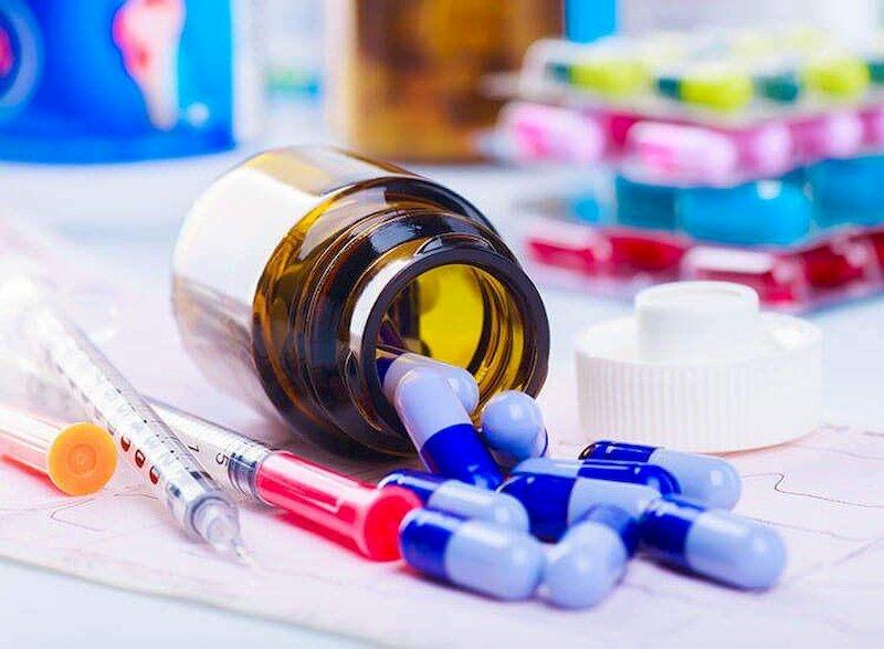 Sử dụng thuốc Tây y giúp giảm tình trạng viêm, đau do sỏi túi mật gây nên