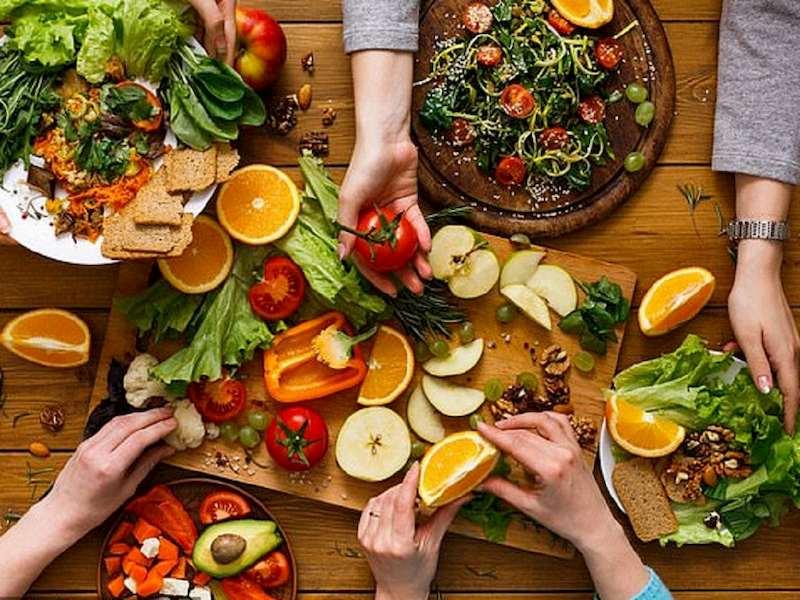 Thực phẩm giàu chất xơ, vitamin, đường bột,... là thực phẩm bệnh nhân nên bổ sung hàng ngày