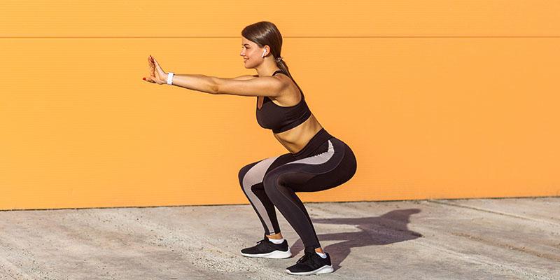 Squat là một trong những biện pháp tập luyện phổ biến hiện nay