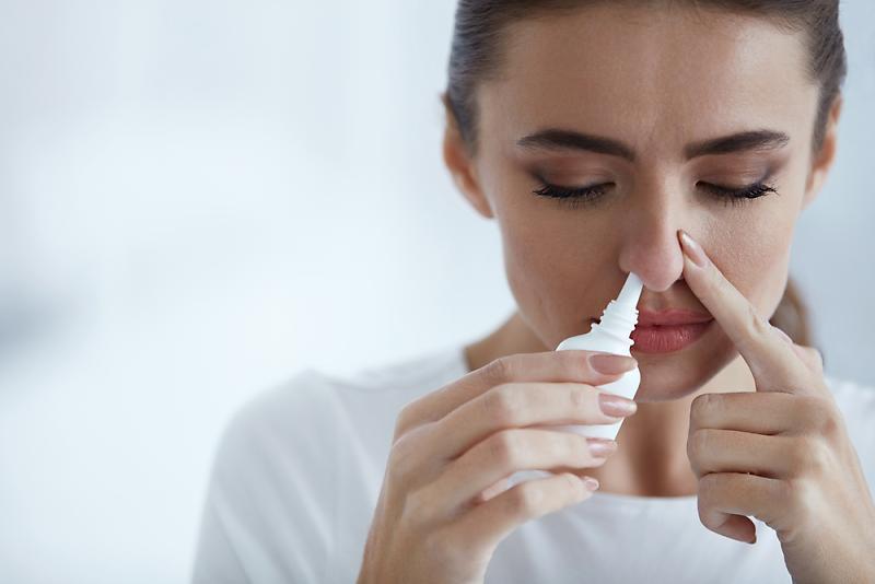 Trên thị trường hiện nay có nhiều loại thuốc sổ mũi giúp điều trị các chứng nghẹt mũi, chảy nước mũi, hắt hơi, ngứa mũi