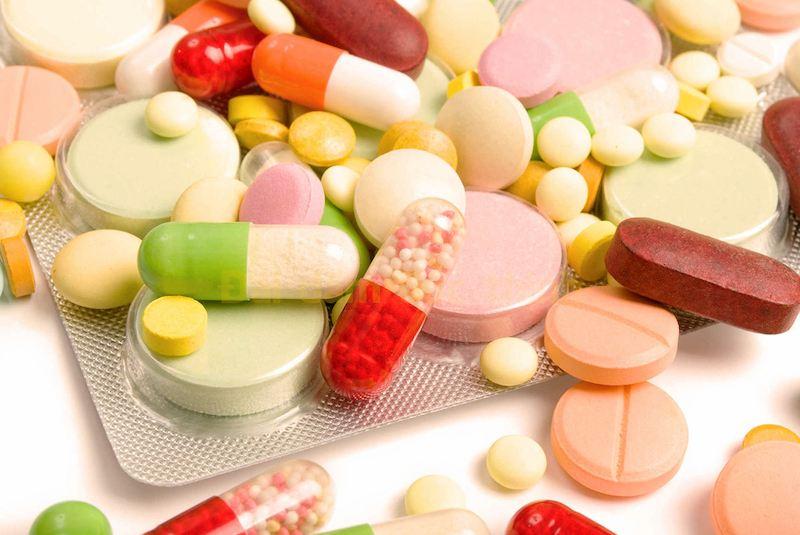 Các nhóm thuốc Tây y có tác dụng giảm nhanh triệu chứng tiểu buốt