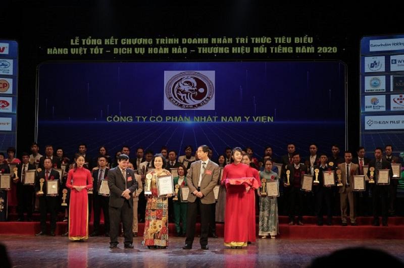 Mới đây, Nhất Nam Y Viện cũng đã vinh dự nhận giải thưởng cao quý: Top 20 thương hiệu Việt Nam chất lượng nhất năm 2020
