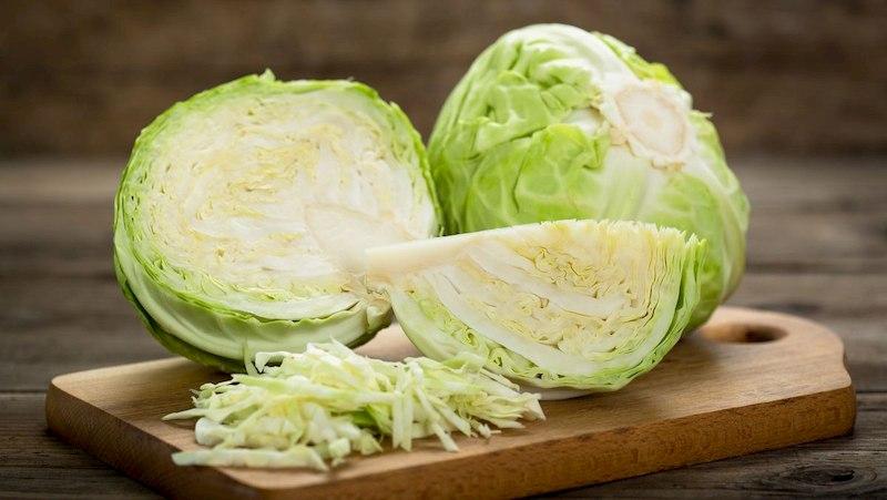 Bắp cải có chứa nhiều khoáng chất tốt cho cơ thể và quá trình điều trị bệnh