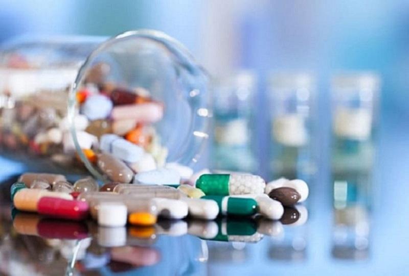 Thuốc Tây thường được chọn chữa sỏi thận vì tác dụng nhanh chóng của chúng