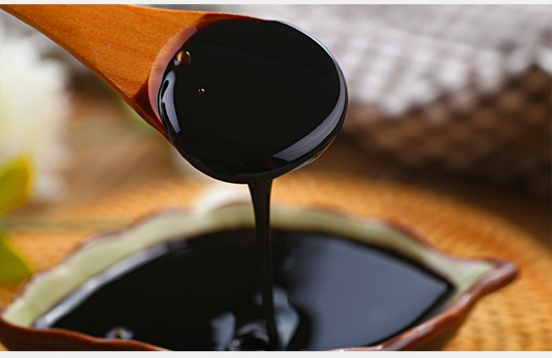 Thảo dược này có thể nấu thành cao, dùng pha trà hoặc bôi trực tiếp lên vùng bị thương