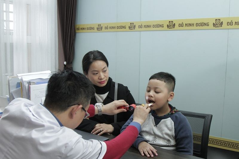 top 12 loại thuốc trị ho cho bé hiệu quả, an toàn nhất hiện nay