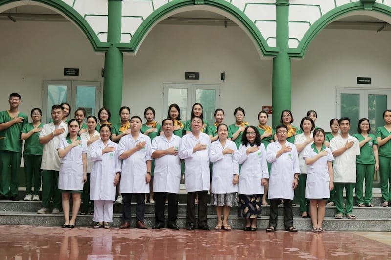 Đội ngũ y bác sĩ giàu kinh nghiệm, giỏi chuyên môn tại Bệnh viện Tai Mũi Họng Quân dân 102