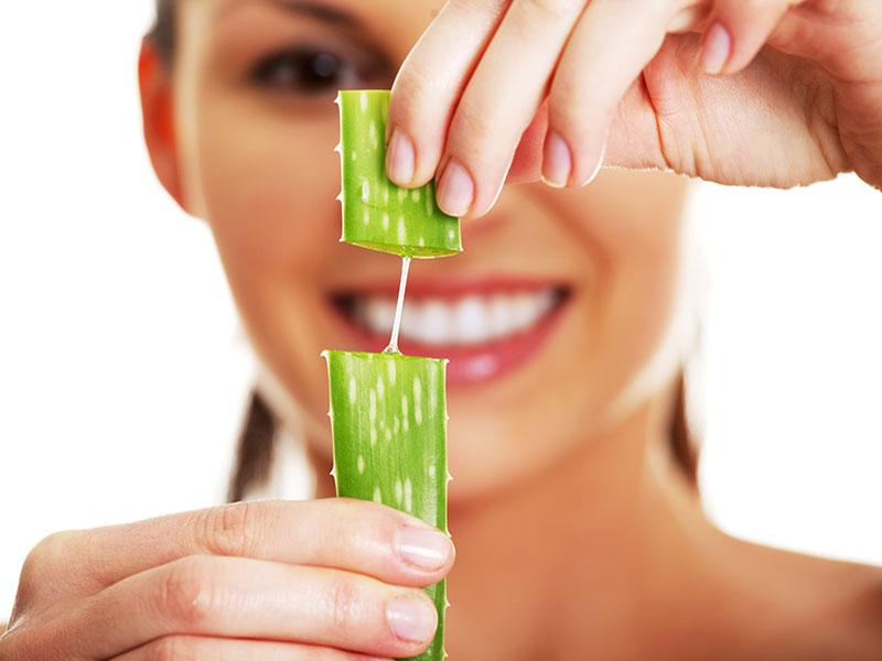 Nha đam cung cấp một lượng lớn vitamin C và các khoáng chất giúp làm lành da
