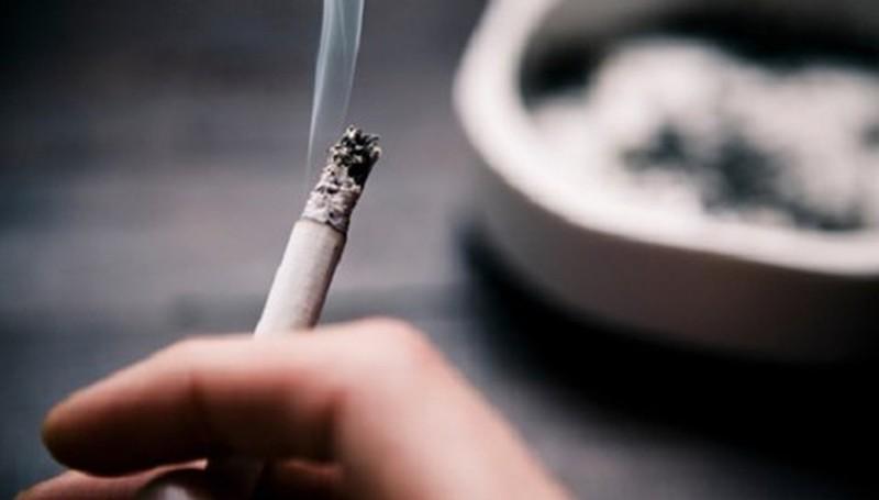 Hạn chế việc hút thuốc lá để ngăn chặn xuất tinh sớm