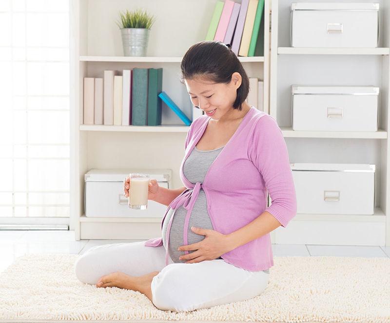 Mẹ bầu nên xây dựng thói quen sống lành mạnh, khoa học để hạn chế bệnh tật