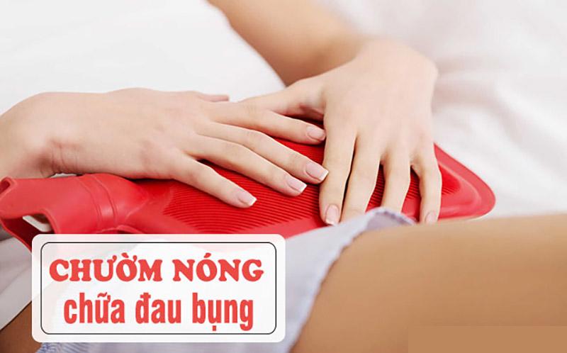 Bệnh nhân có thể chườm nóng khi bị đau bụng