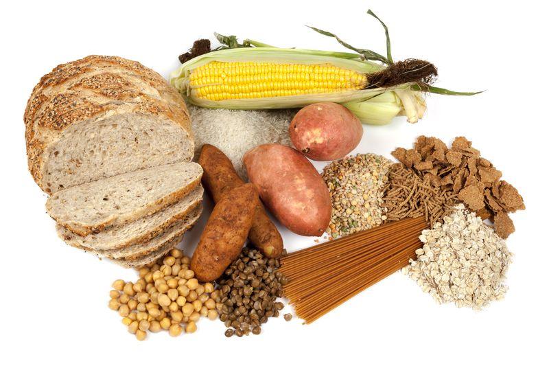 Người bệnh nên ăn các loại thực phẩm giàu tinh bột như ngô, khoai, bột mì, lúa mì