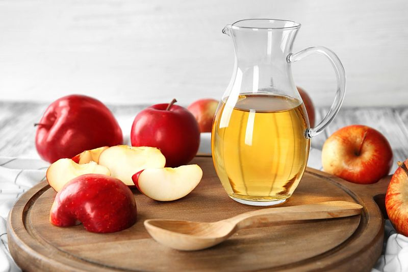 Giấm táo có tác dụng kháng khuẩn, tiểu viêm ở đường tiết niệu