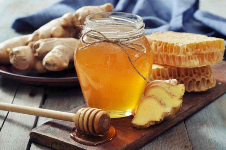 Mẹo dân gian trị ho cho bà bầu từ trà gừng mật ong