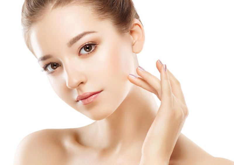 Không chỉ có tác dụng chữa bệnh saffron còn giúp làm đẹp và trẻ hóa làn da hiệu quả